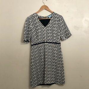 Draper James • navy and white dress